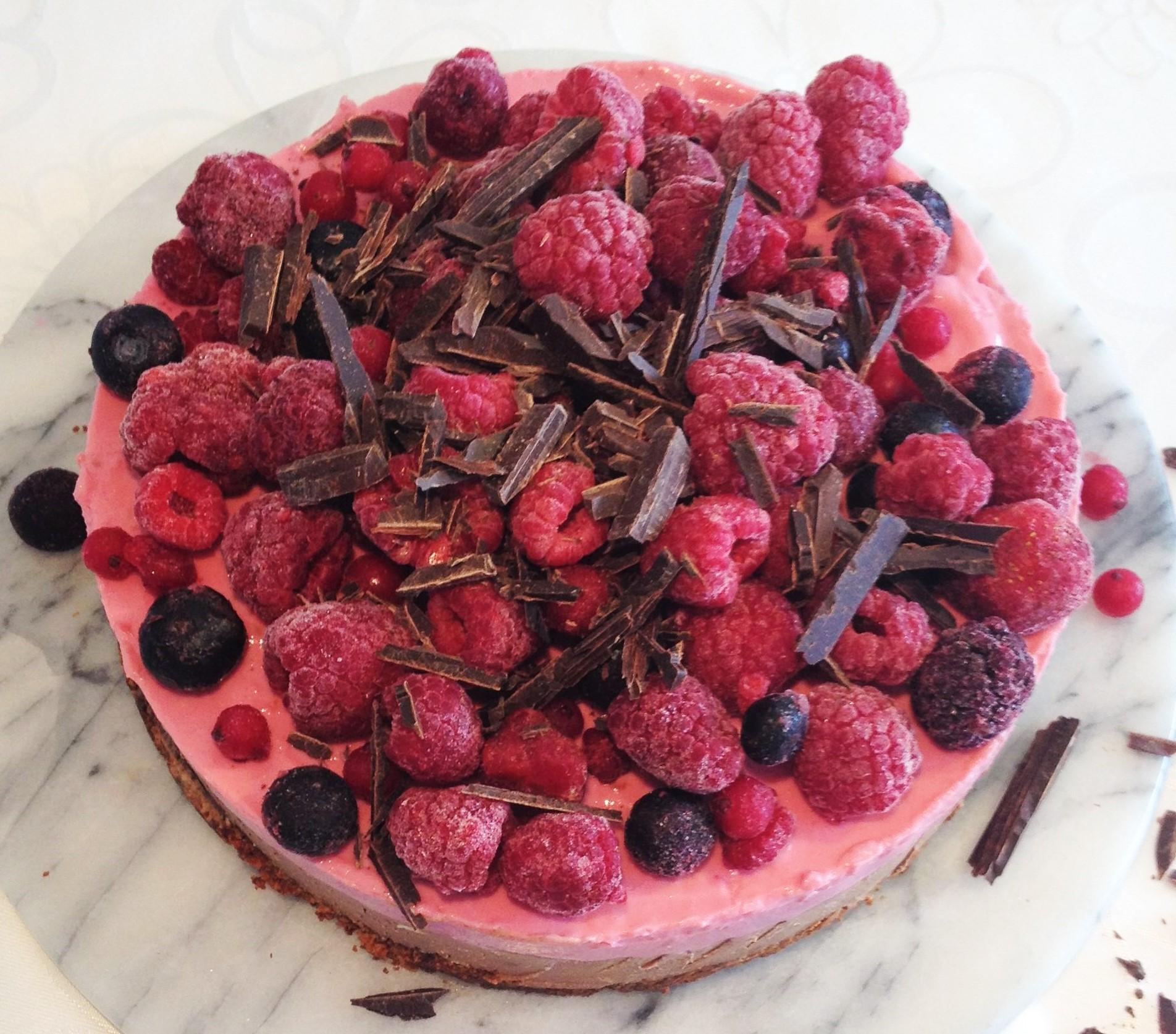 vegan raspberry chocolate pie1