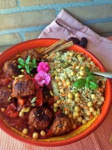 Moroccan Meatball with Quinoa
