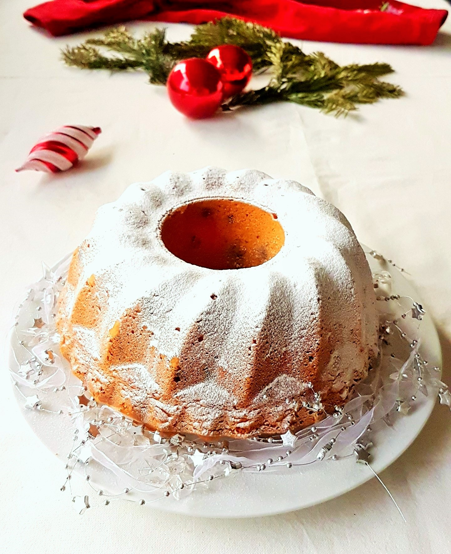 cherry-chocolate-chip-bundt-cake-8