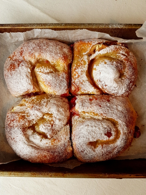 cranberry-cream-cheese-cinnamon-rolls31