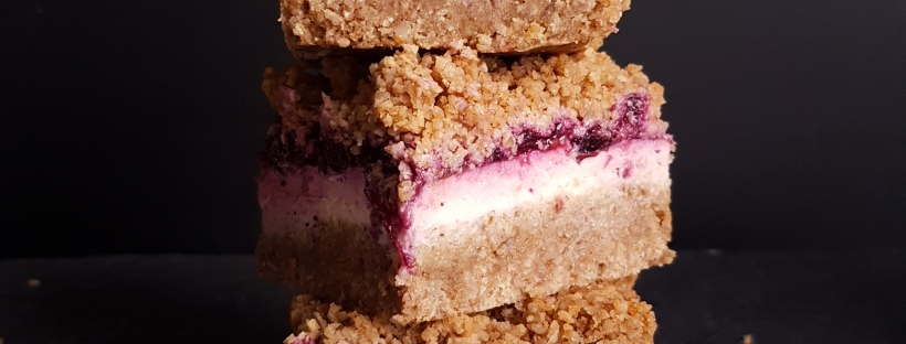 berry cheesecake crumble