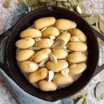 Potatoes in salt crust2